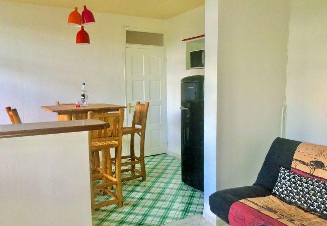 Appartement à Le Gosier - T2 Pomme Cannelle - GOSIER proche centre