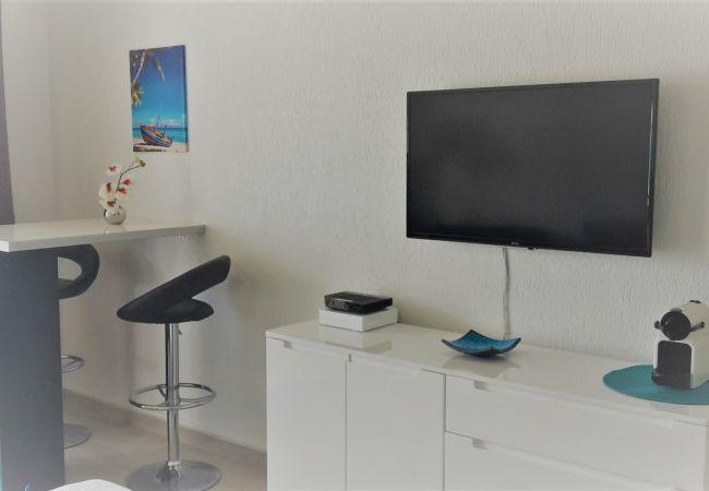 Studio à Le Gosier - Studio Bleu Ely - GOSIER centre - Accès plage
